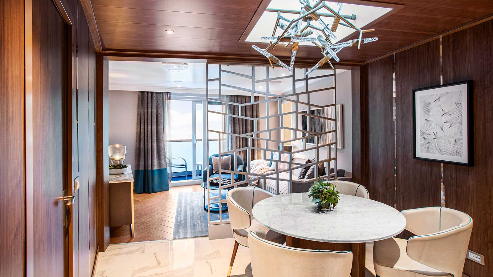 princess-cruises-enchanted-princess-sky-suite